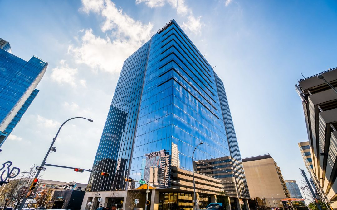 Fashion Designer, Co-Working Company Take 5th+Colorado Leases